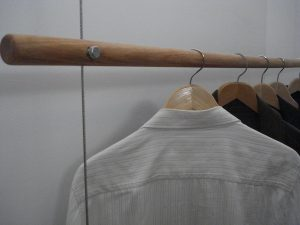Wire suspended clothes hanging wardrobe