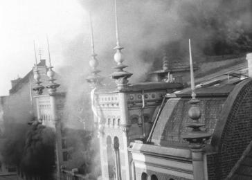 View of the burning Annaturmstraße synagogue in Euskirchen on the morning after Kristallnacht.