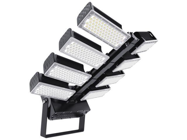 projecteur led pour eclairage des grands espaces sites industriels et ferroviaires tritan 500