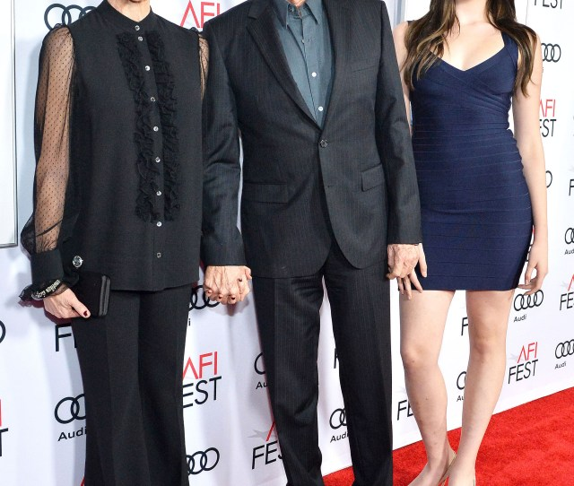 Annette Bening And Warren Beattys 16 Year Old Daughter Is All Grown Up