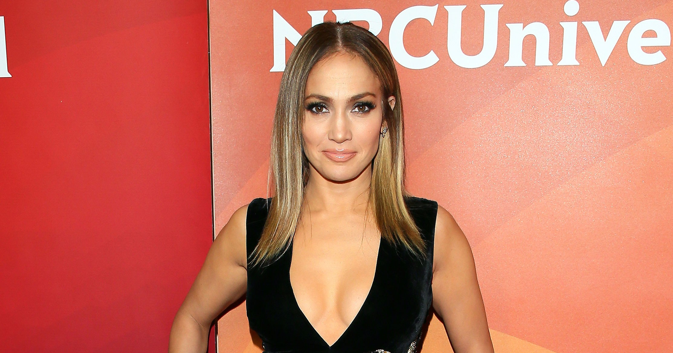 Jennifer Lopez Is All Leg in Her Latest Elie Saab Look: Pics