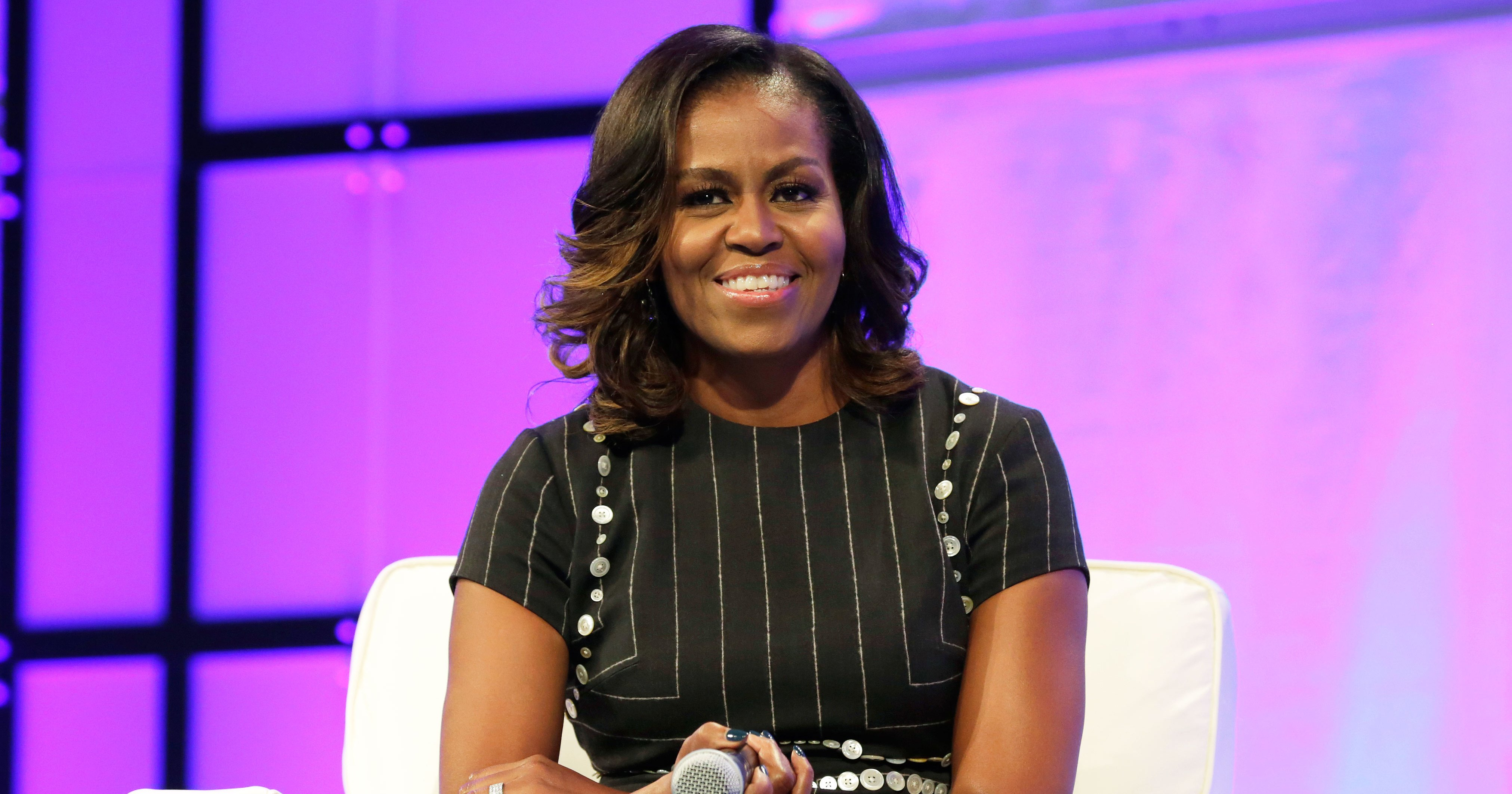 Michelle Obama Takes the Most Stylish, Star-Packed Selfie Ever