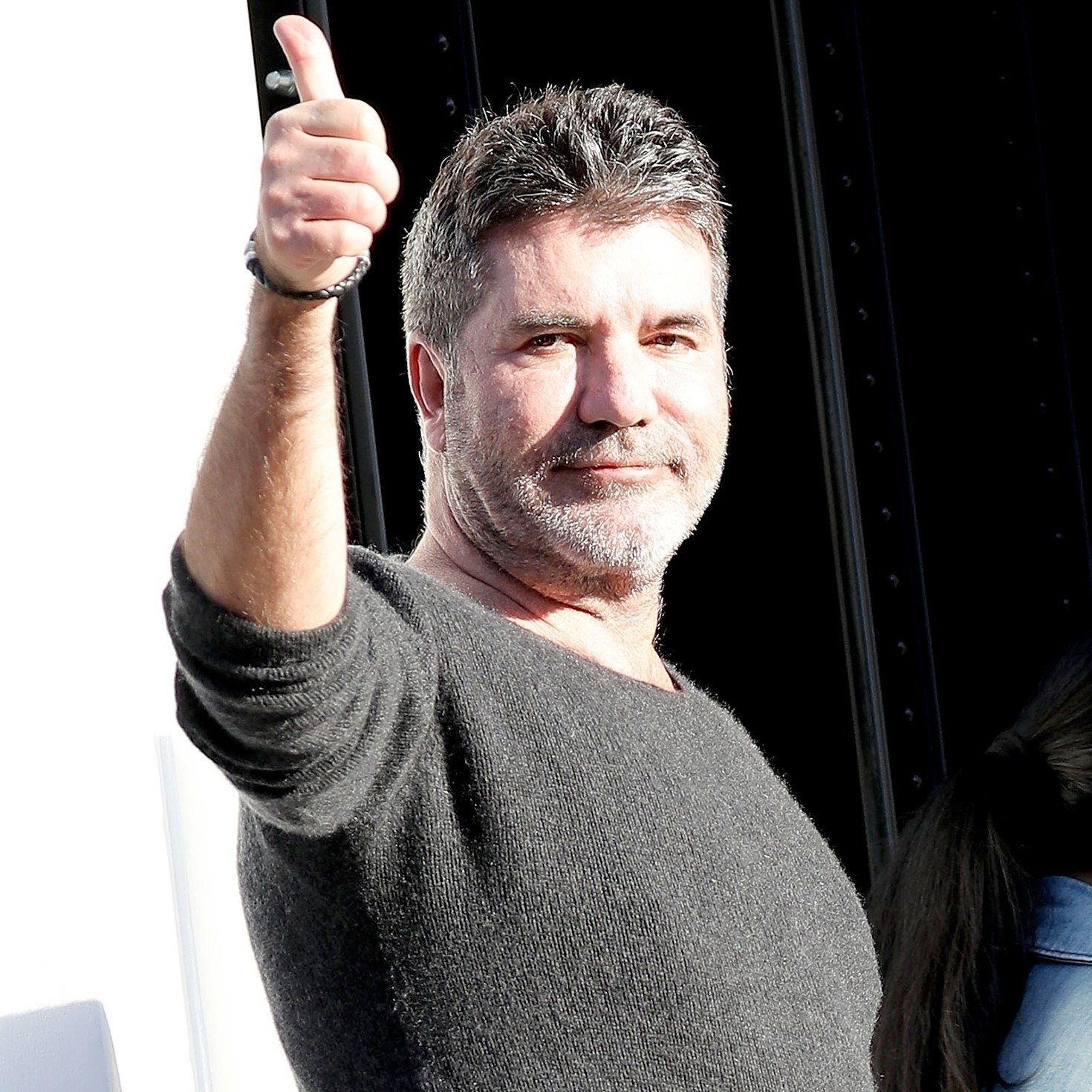 simon-cowell-home-after-fall
