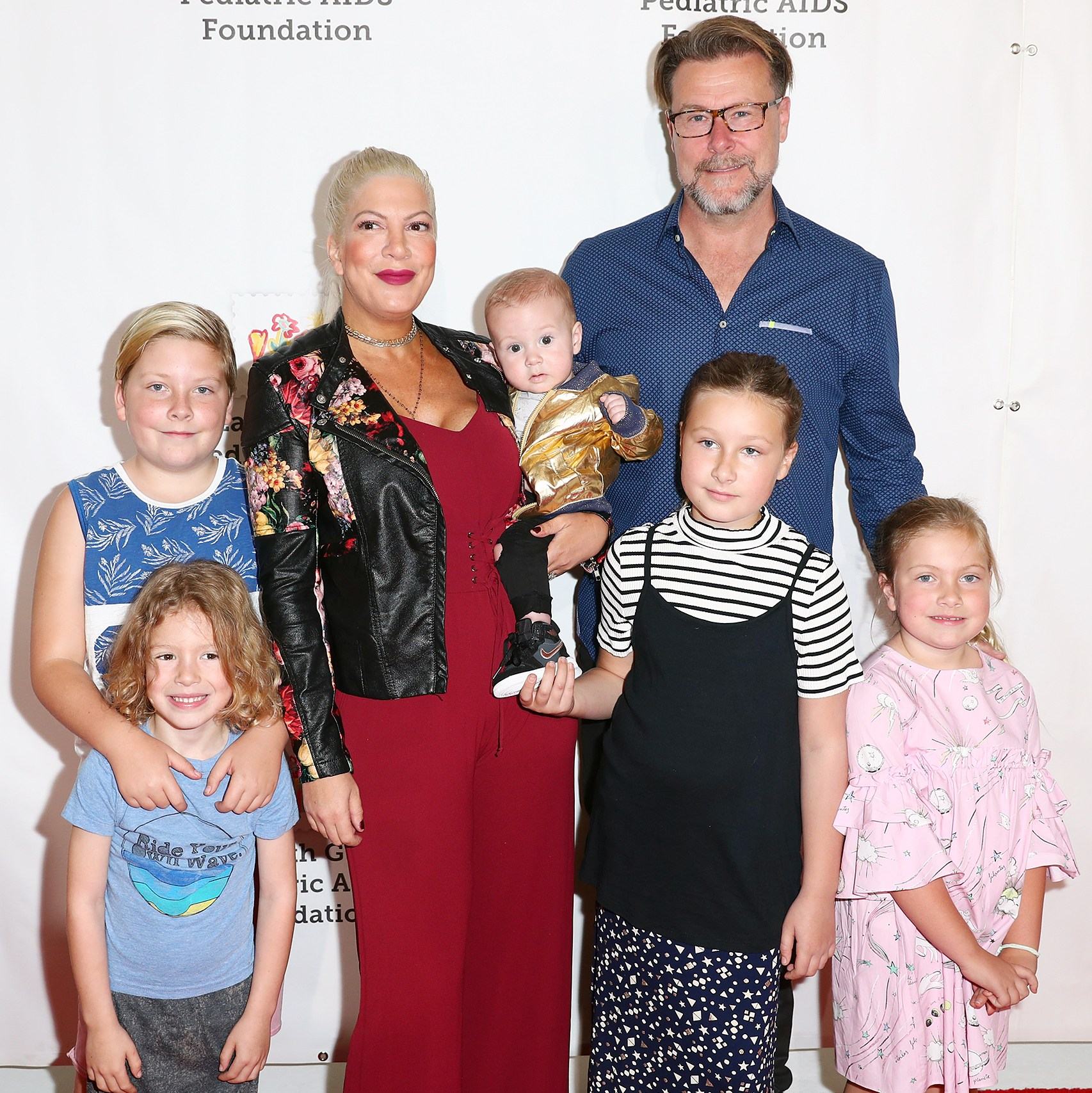 Tori Spelling Dean McDermott family children
