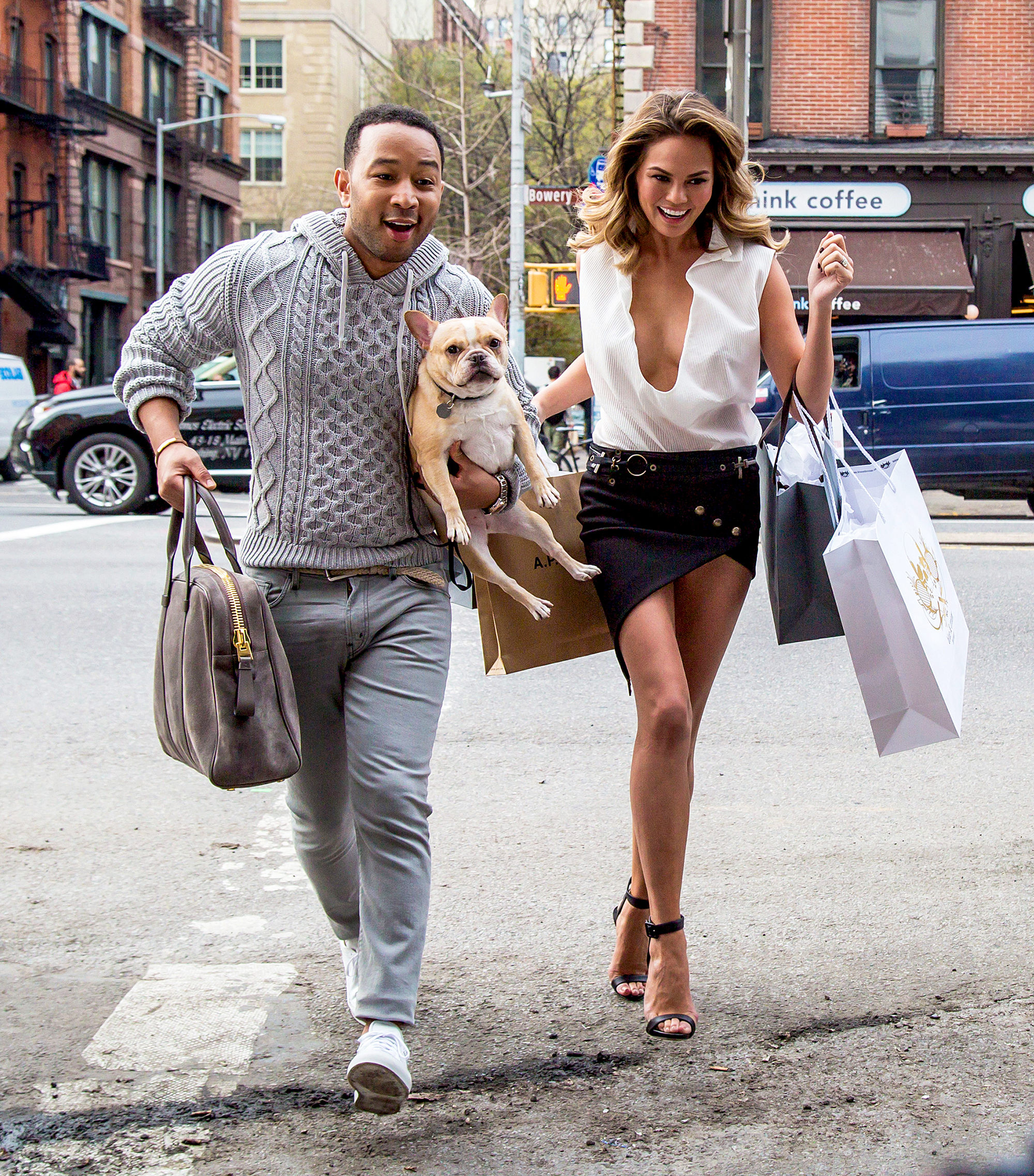 Chrissy Teigens Guide To Walking Your Dog In Style images