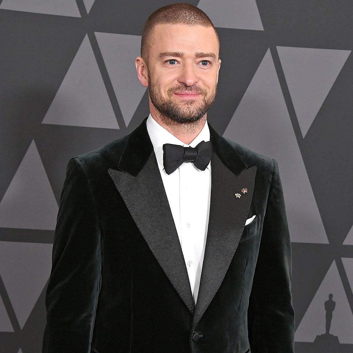 Justin Timberlake, Silas, Jessica Biel, Thanksgiving, Pushups