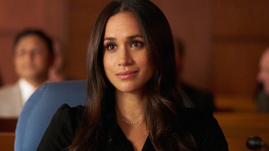 inside meghan markle s final days on suits set inside meghan markle s final days on