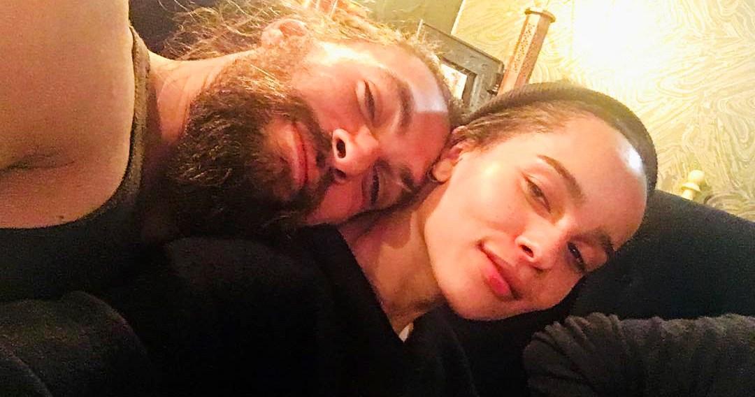 zoe kravitz cuddles with jason momoa in instagram photo