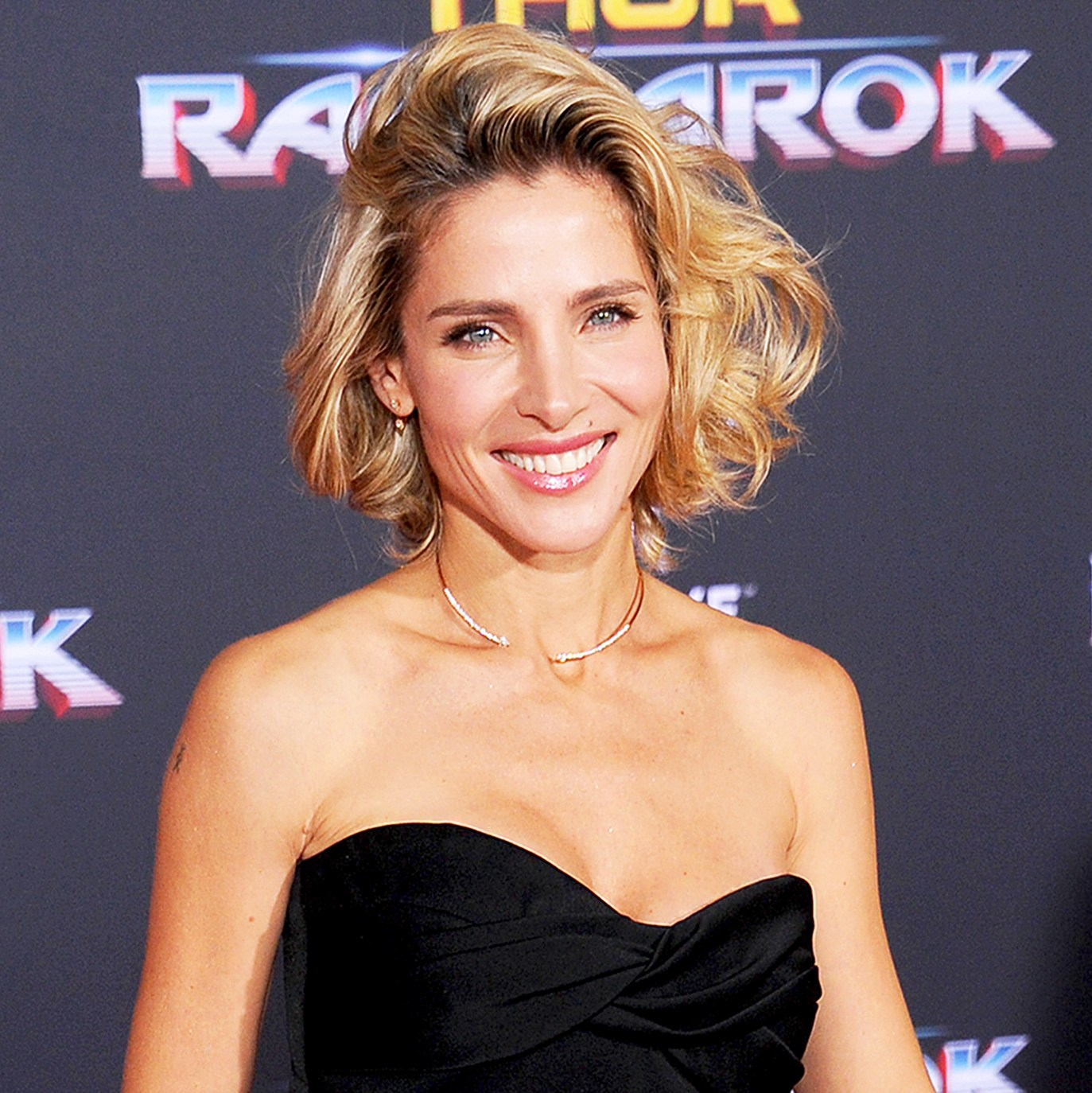 "Elsa Pataky arrives at the 2017 premiere of Disney and Marvel's ""Thor: Ragnarok"" at the El Capitan Theatre in Los Angeles, California."