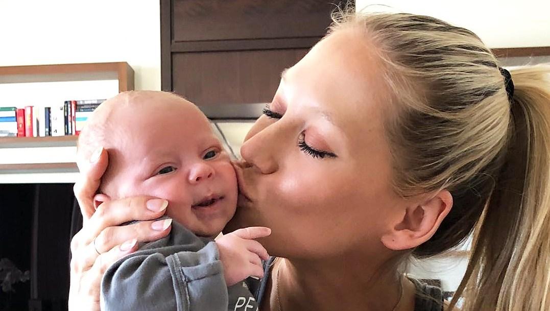Anna Kournikova baby