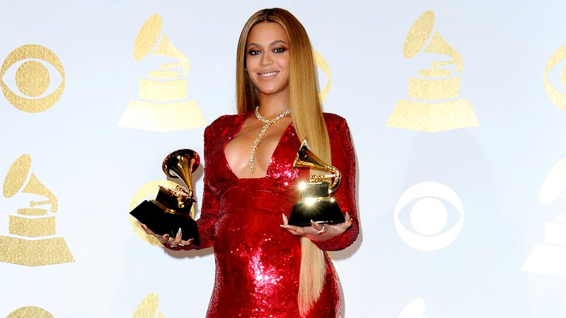 See All of Beyonce's Grammys Looks Through the Years 30