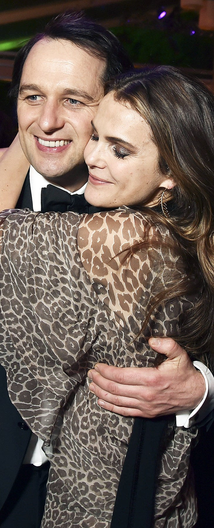 Matthew Rhys and Keri Russell Golden Globes Afterparty 2017 PDA