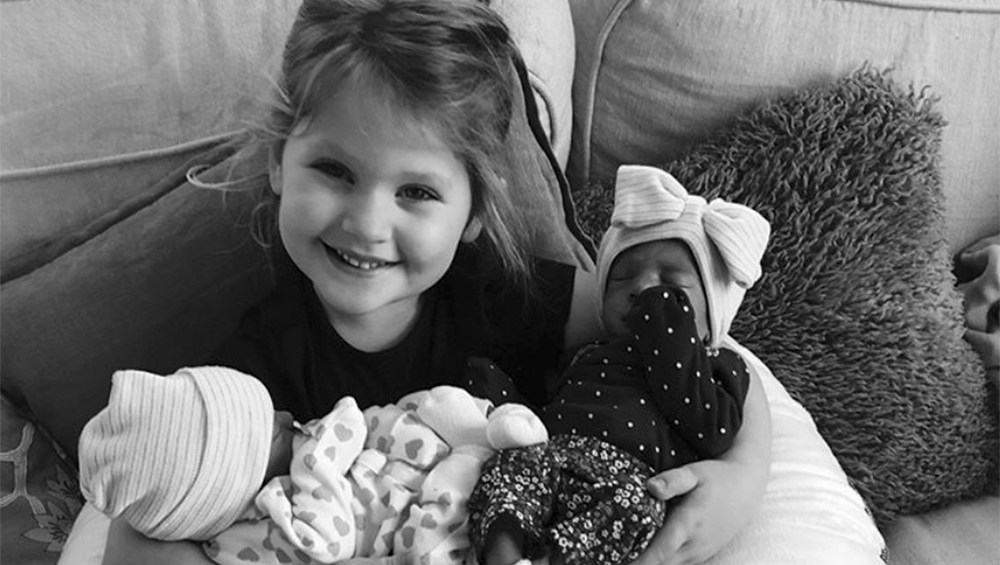 Hillary Scott introduces her twins.