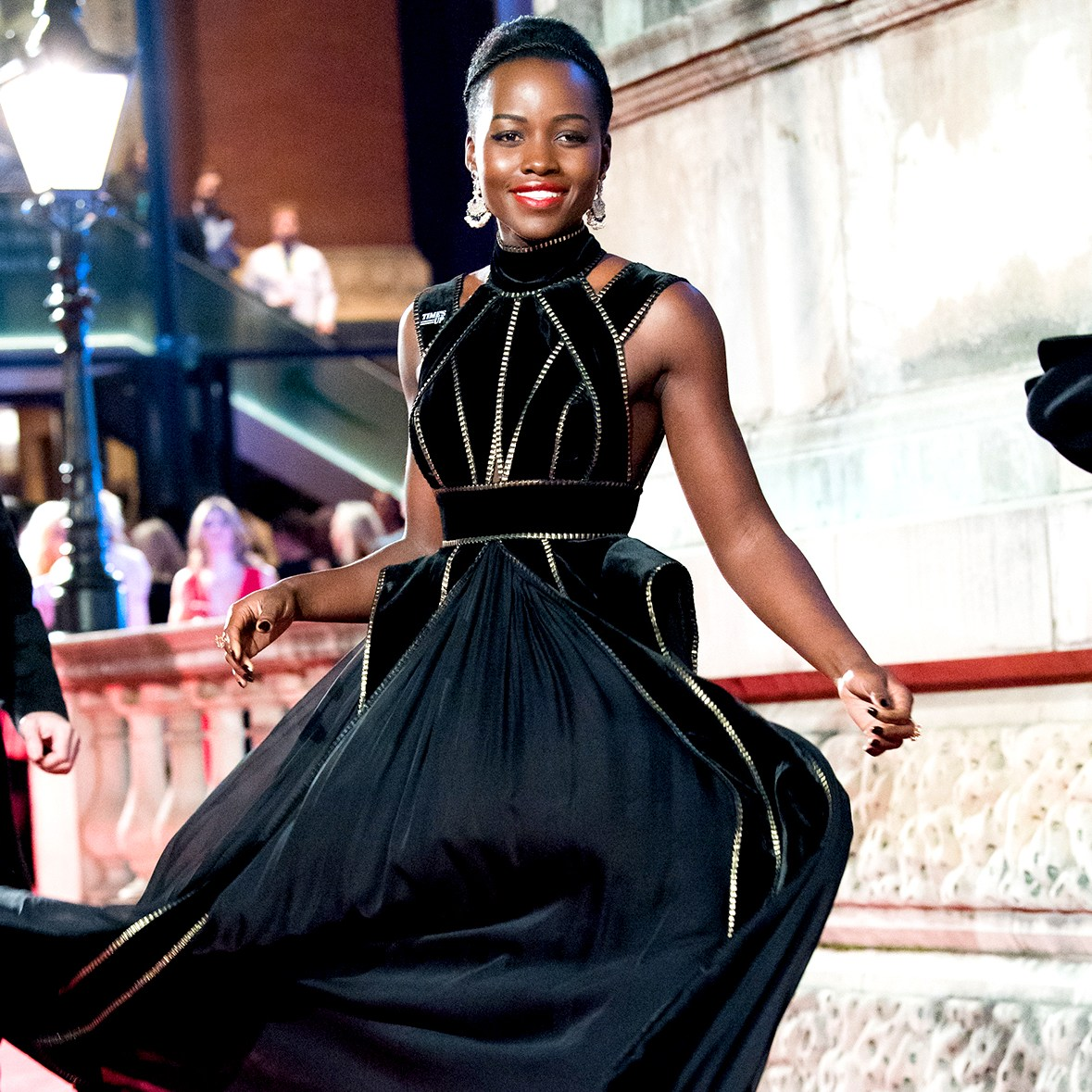 Lupita-Nyong'o-black-dress