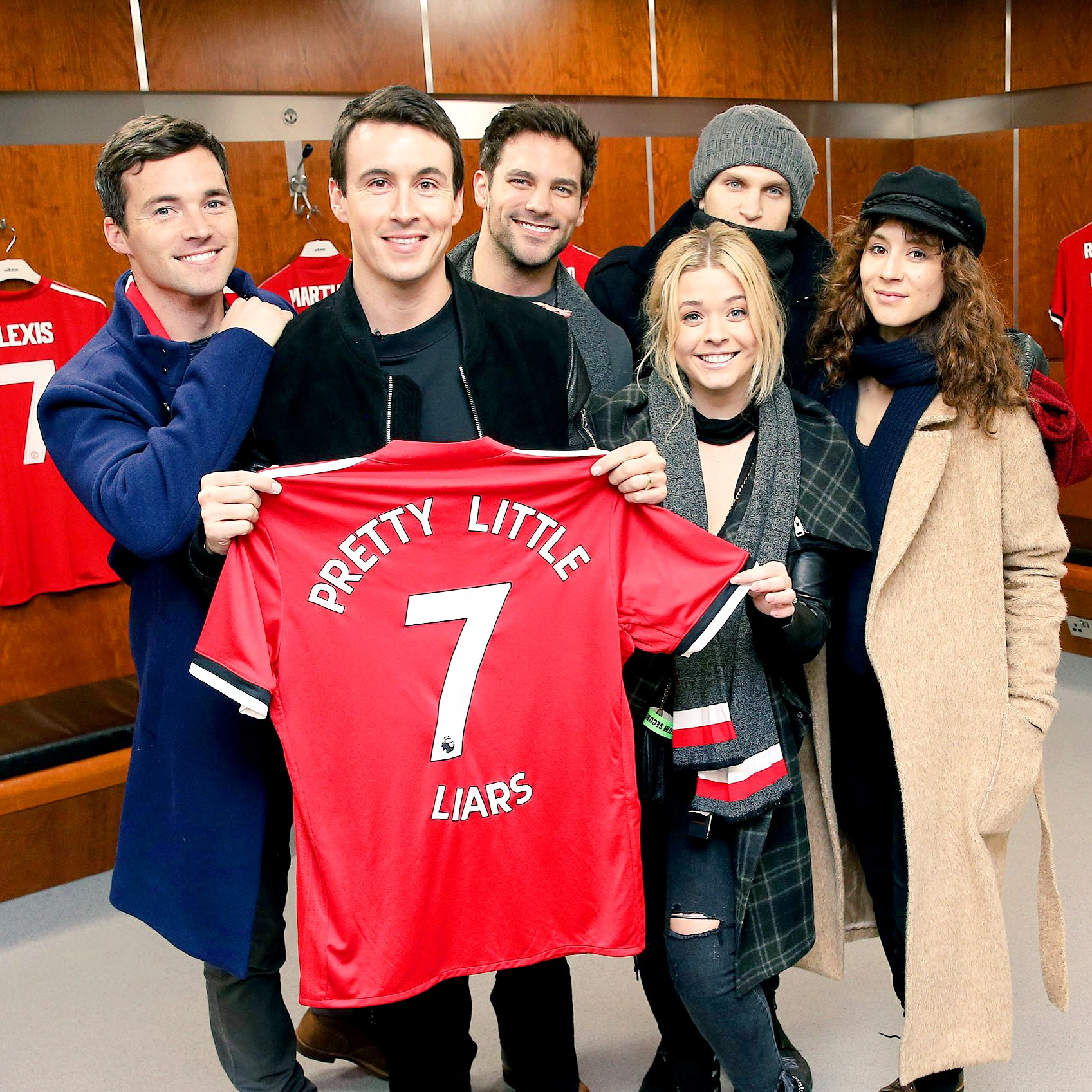 'Pretty Little Liars' cast reunites