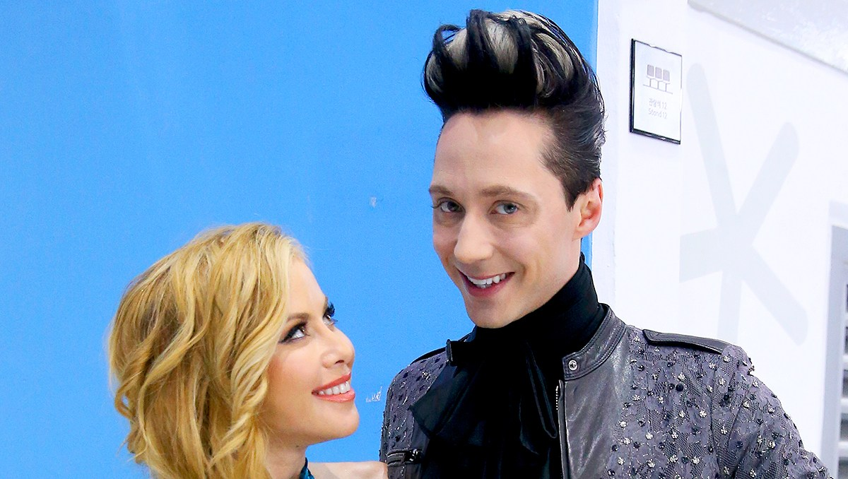 Tara-Lipinski-and-Johnny-Weir