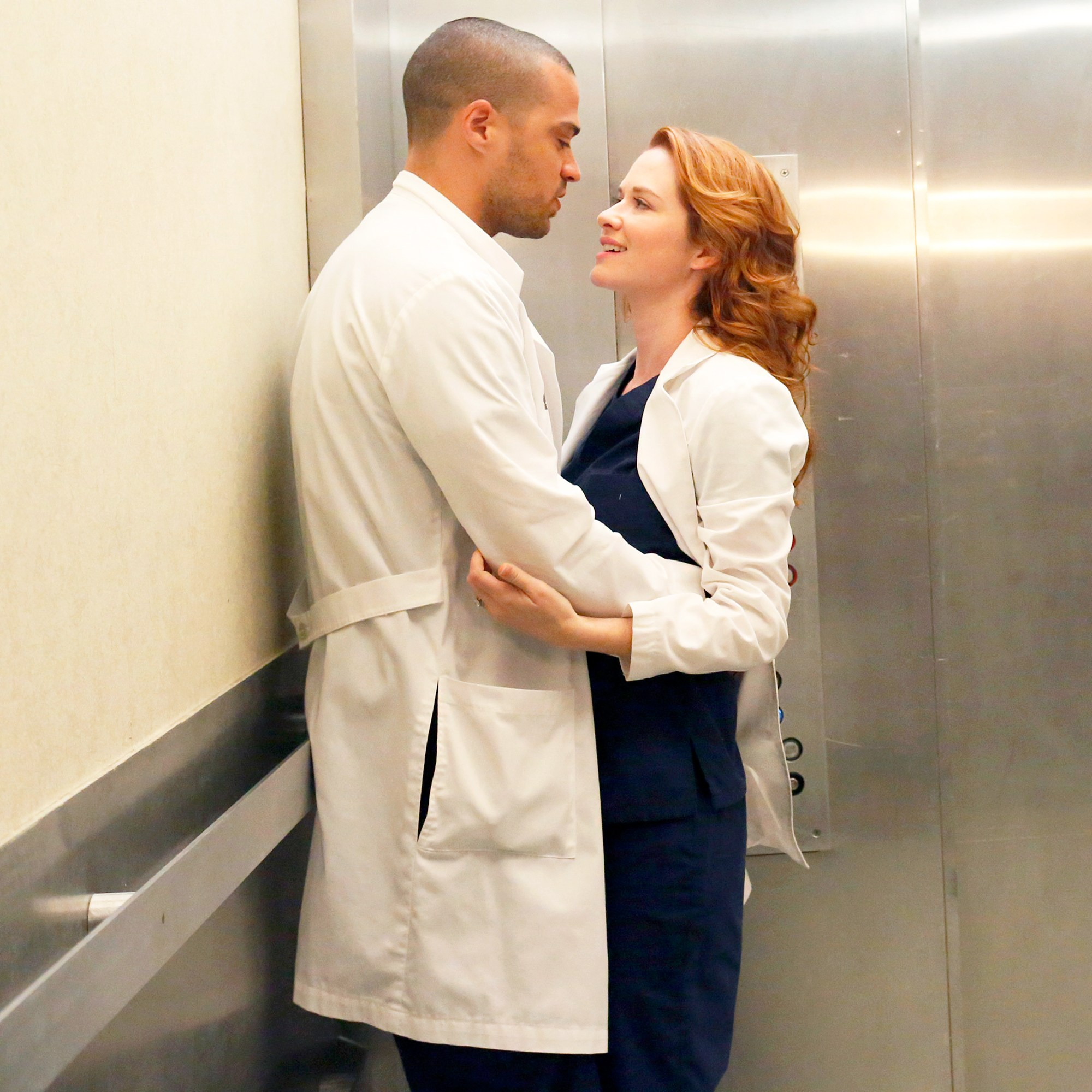 Jesse Williams and Sarah Drew on 'Grey's Anatomy'