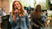 Candace Cameron Bure fuller house show must go on