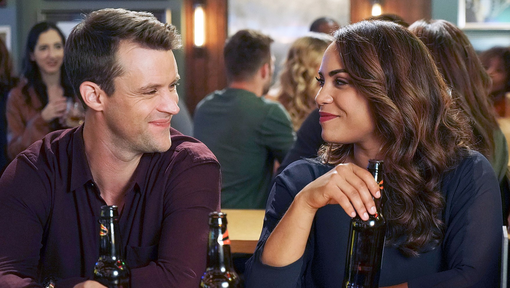Jesse Spencer Monica Raymund Chicago Fire