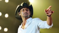 Tim McGraw Returns to U.S. After Dublin Concert Collapse