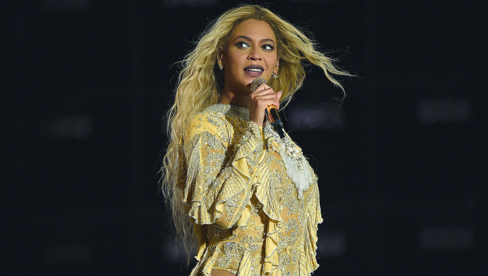 Beyonce, Coachella, Performance