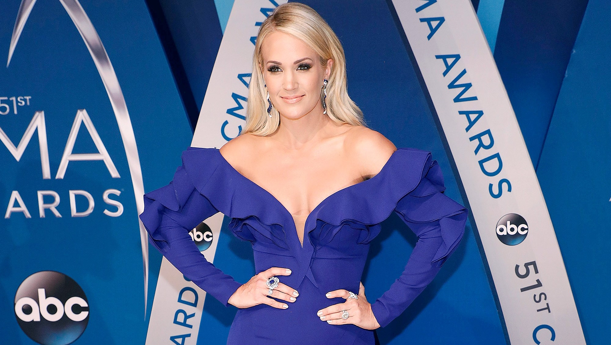 Carrie Underwood, ACM Awards, Cry Pretty