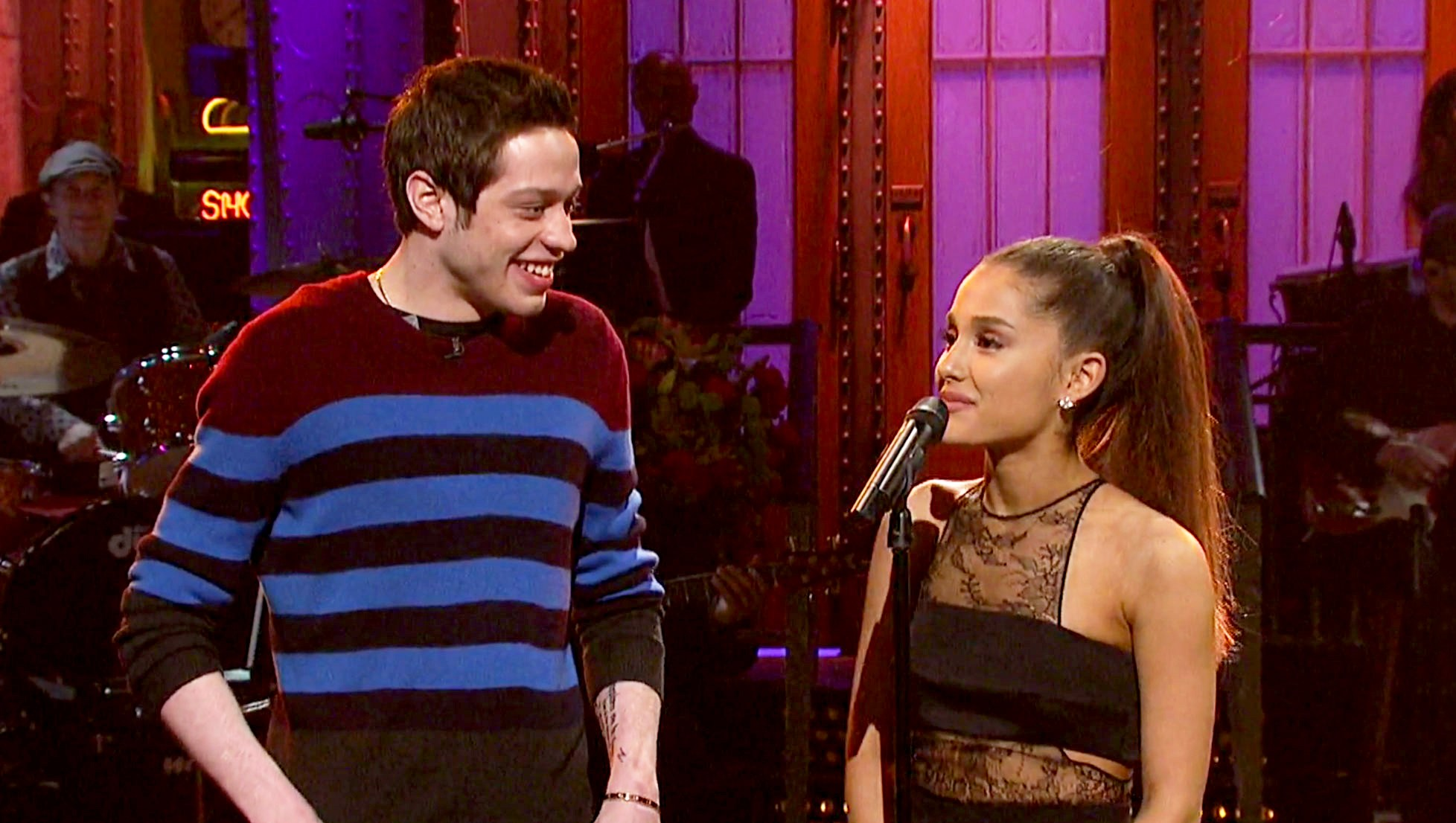 Pete Davidson and Ariana Grande on 'SNL'