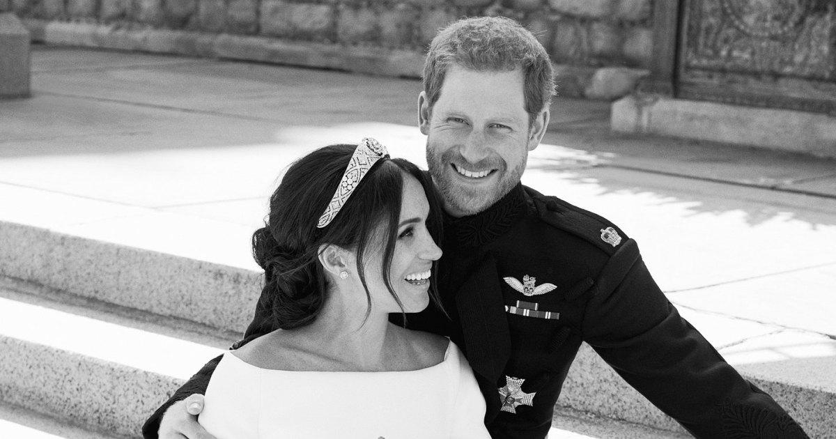 prince harry duchess meghan official wedding portraits released prince harry duchess meghan official