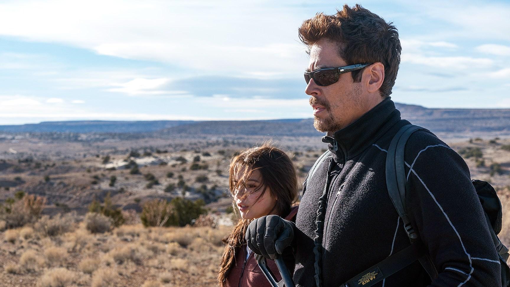 Benicio Del Toro Isabela Moner Sicario Day of the Solda