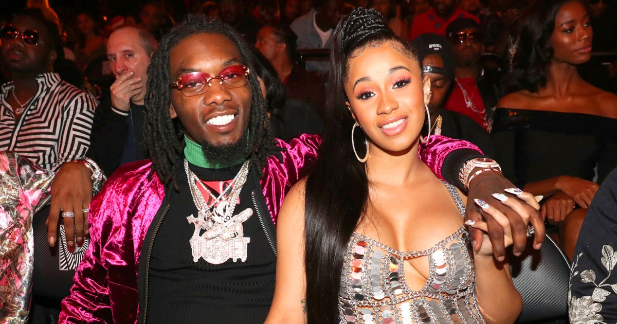 Cardi B Gives Offset A Lap Dance Onstage At Bet Awards: Cardi B Gives Birth, Welcomes First Child With Offset