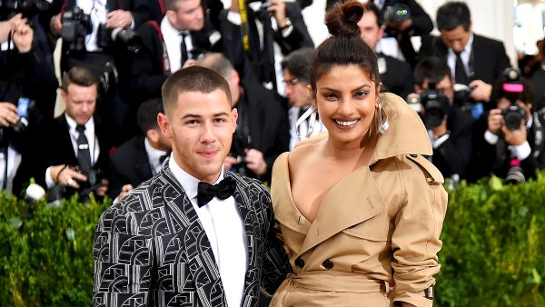 Nick-Jonas-and-Priyanka-Chopra-engaged