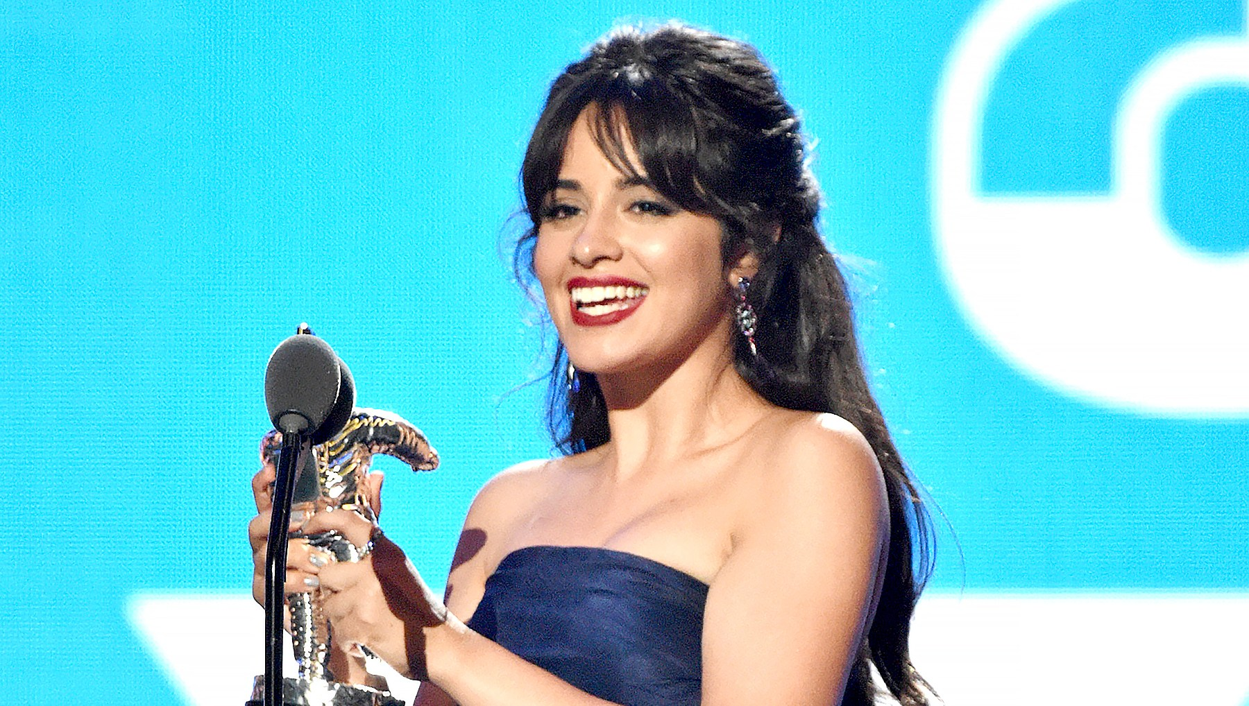 Camila-Cabello-best-video-vmas-2018