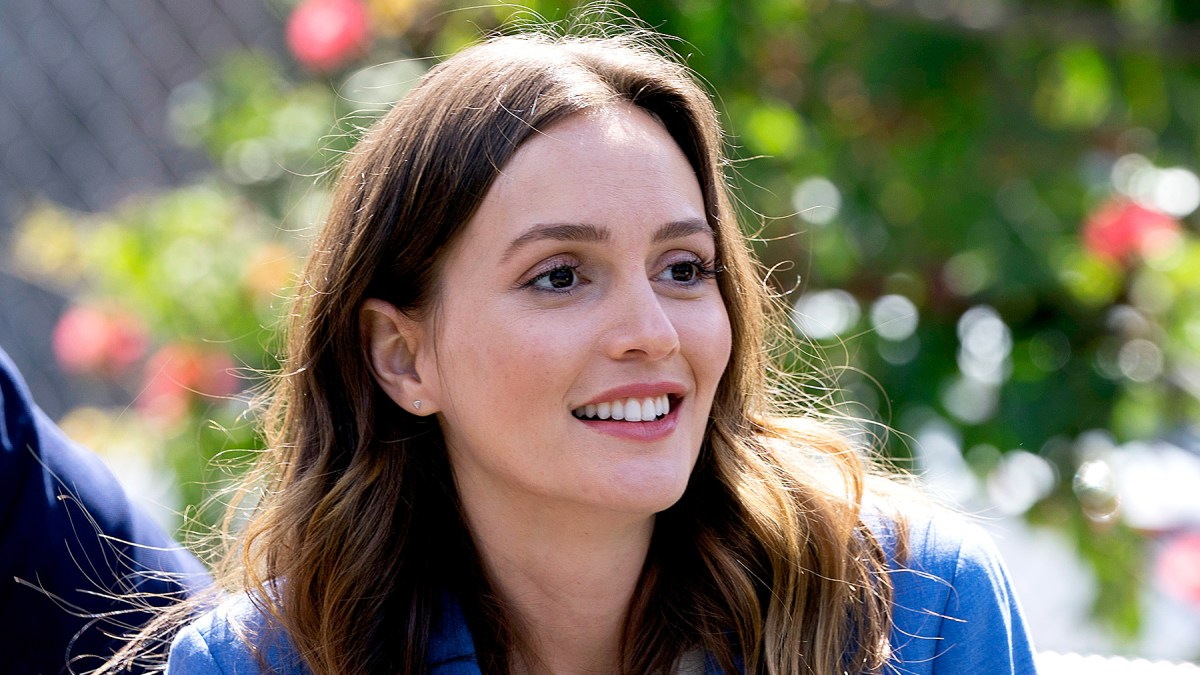 ab9868cde Leighton Meester Opens Up About Singing on 'Single Parents'