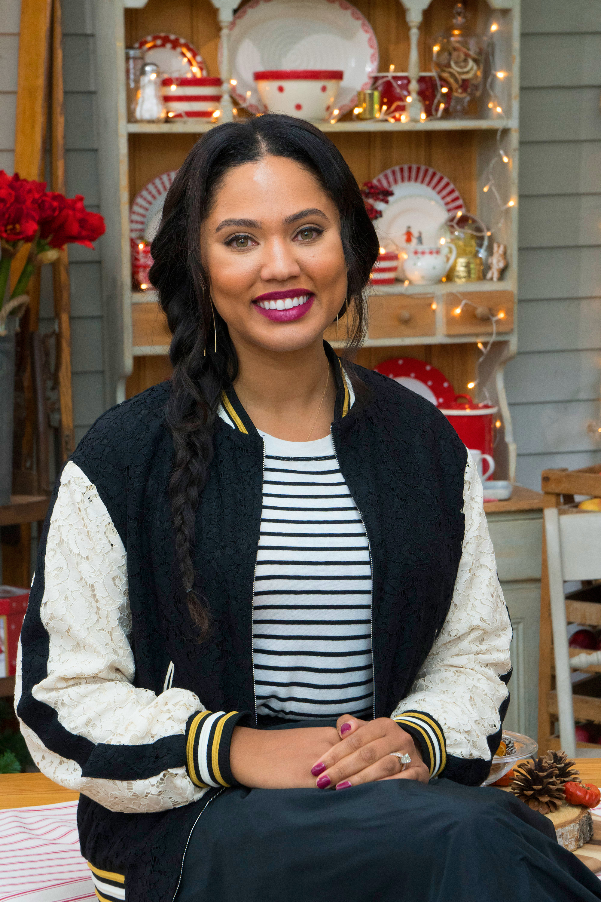 ayesha curry is  u0026 39 so in love u0026 39  with  u0026 39 sweet baby boy u0026 39  canon