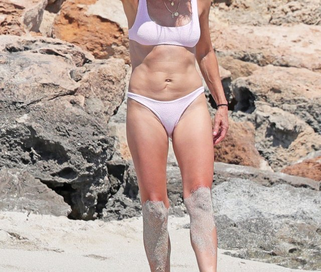 Robin Wright Proves Yet Again Her Body Is Totally Ageless