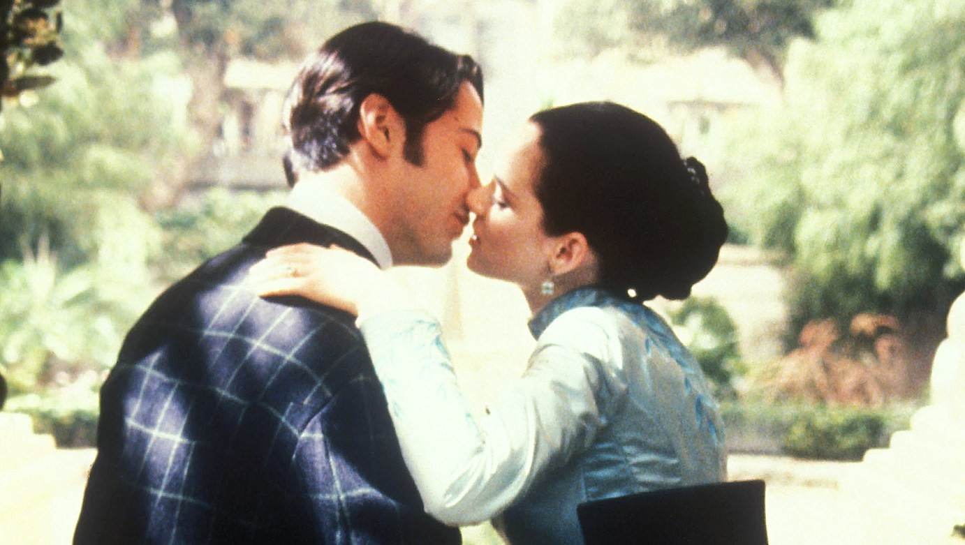 Winona Ryder Keanu Reeves May Be Married