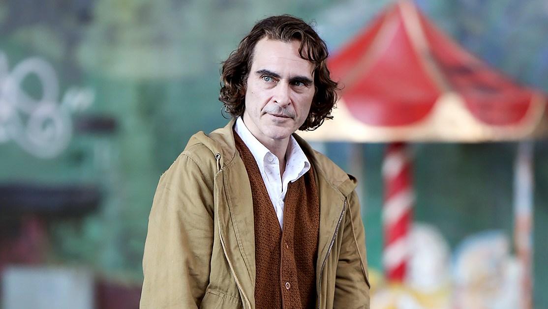 Joaquin-Phoenix-filming-the-joker