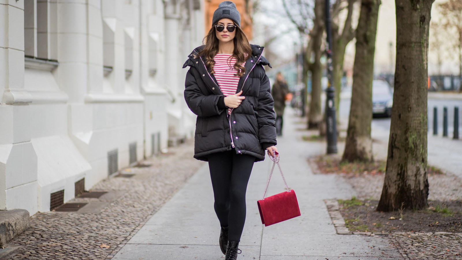 c6eff27c43c2f Nail Celebrity Street Style Looks With These Bestselling Leggings From  Amazon