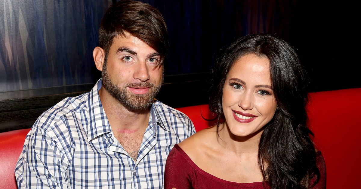 Jenelle and David Take Her Mom, Kids to Pumpkin Patch After 911 Call