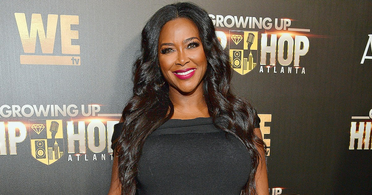Pregnant Kenya Moore May Deliver Baby Early Due to Preeclampsia