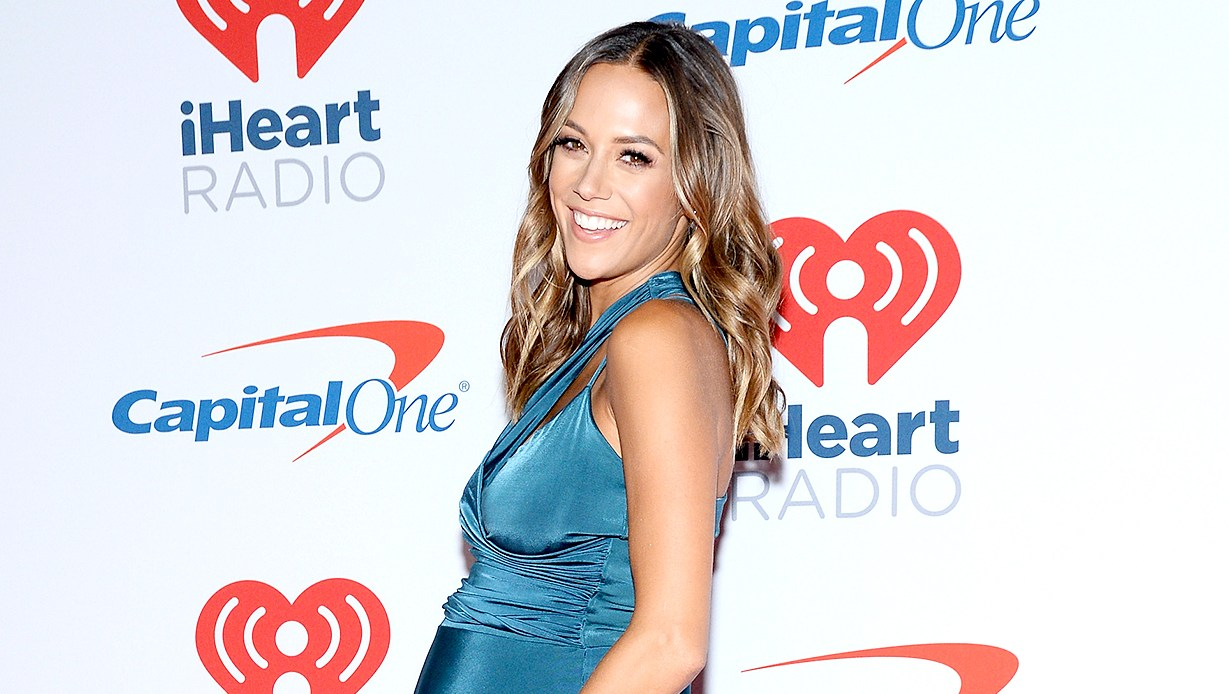 Jana Kramer live birth