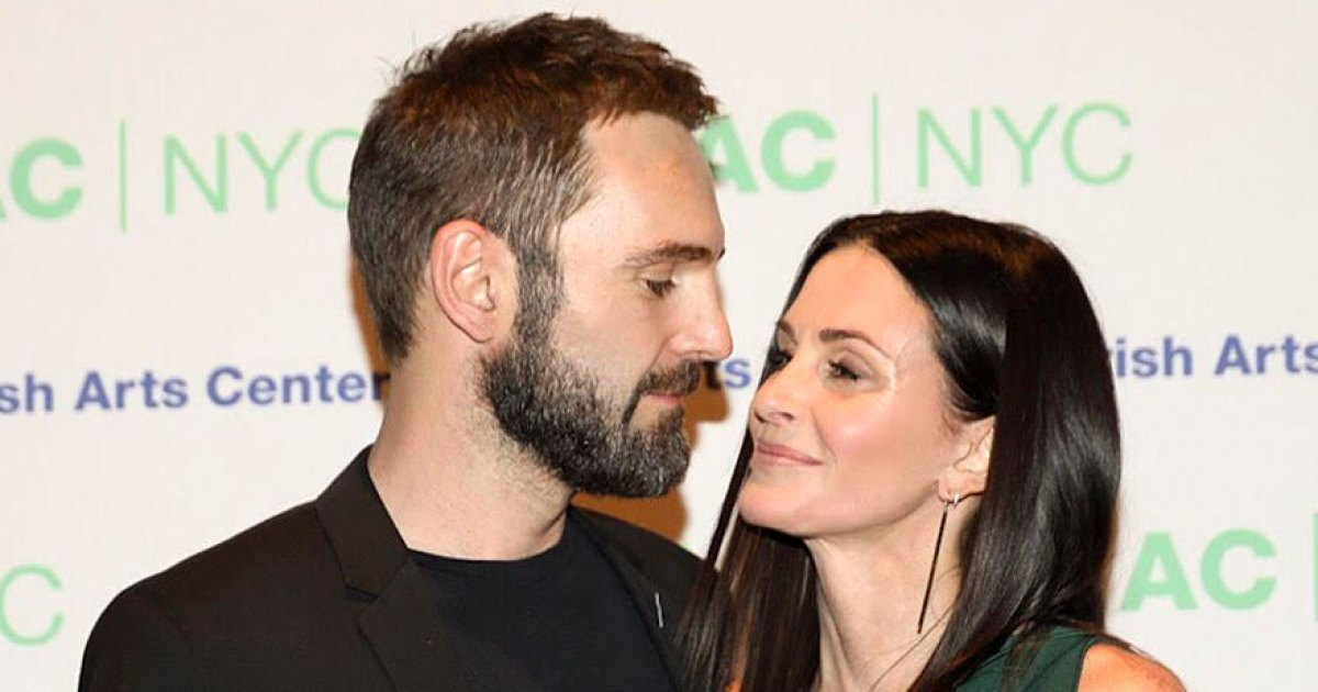 Courteney Cox: Motherhood Is 'an Incredible Experience'