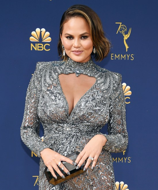 Chrissy Teigen Breast Feeding Mom Shaming