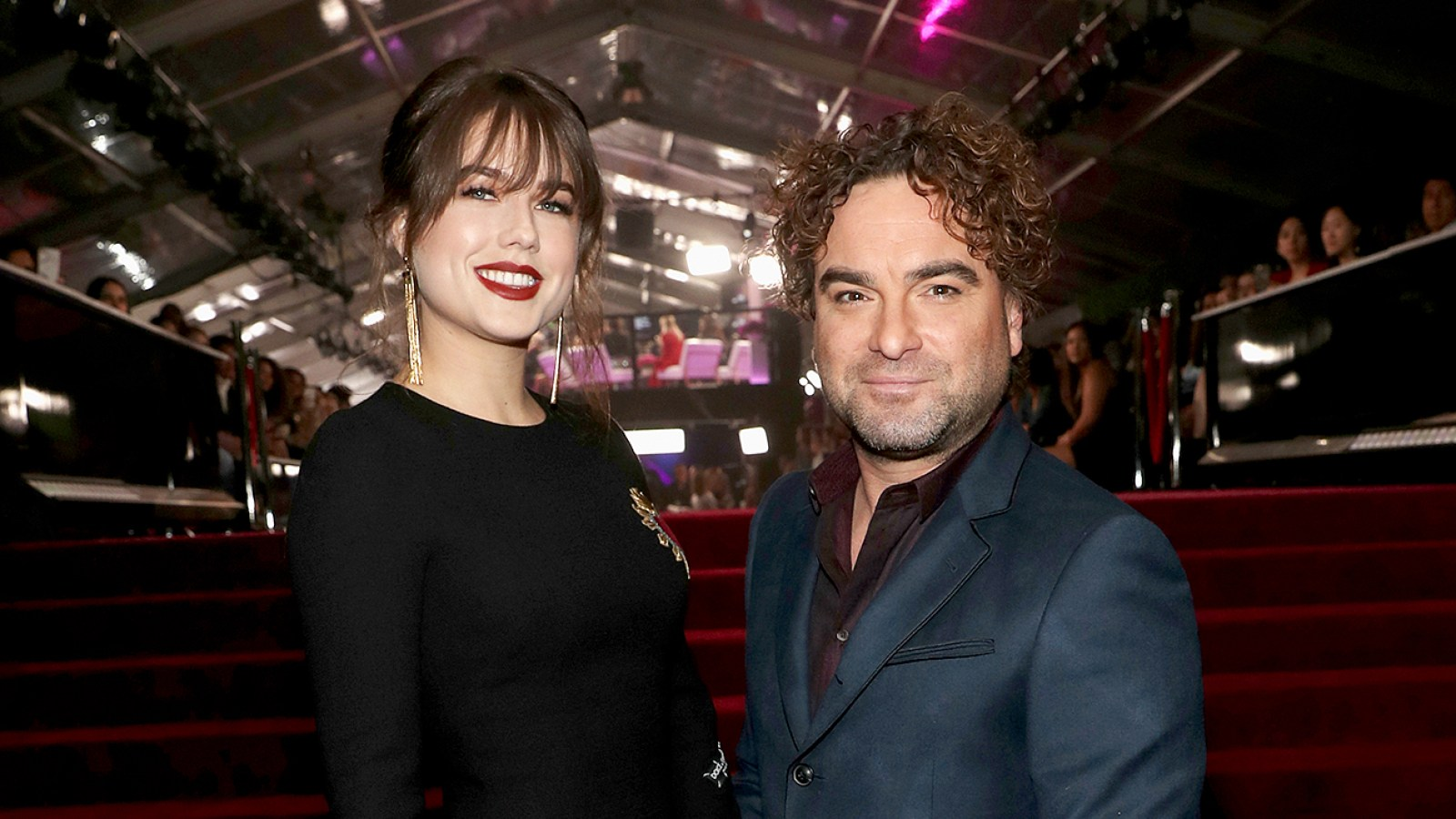 johnny galecki dating 2013
