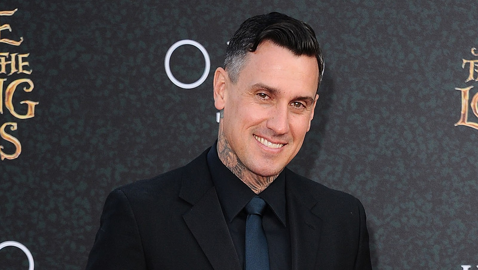 Carey Hart Warns to 'Think Twice' About Looting in Malibu
