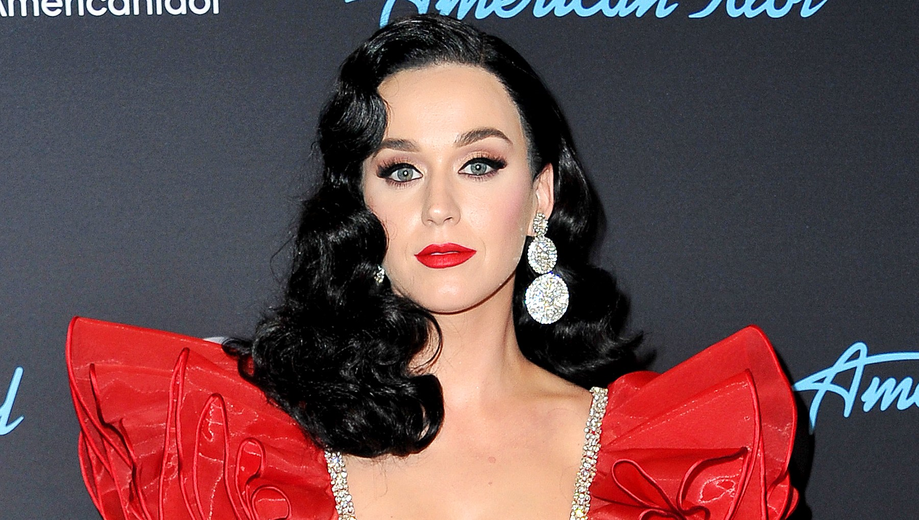 katy-perry-mourns-friend-death