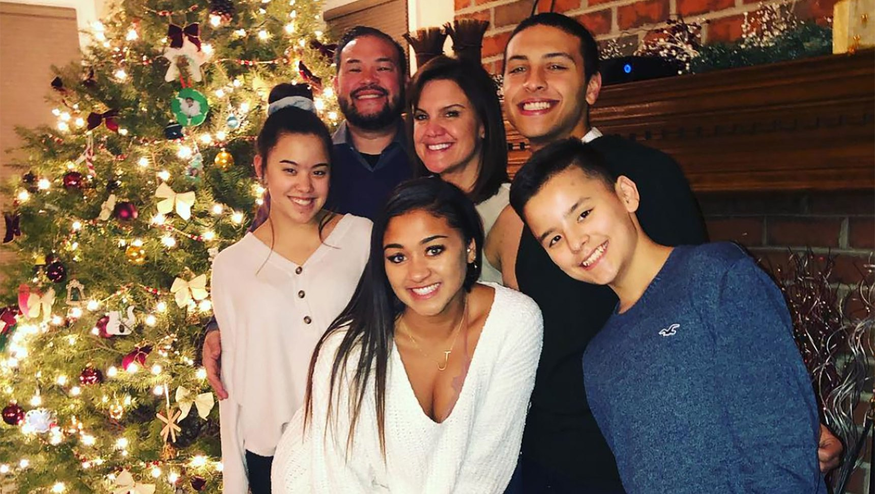 Jon Gosselin Celebrates Christmas With Collin and Hannah