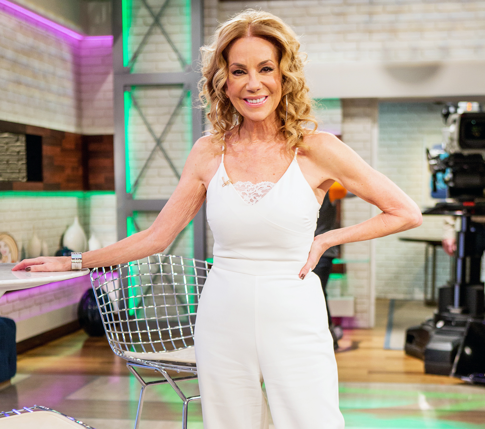 Kathy Lee Gifford clothed unclothed pictures apologise, but