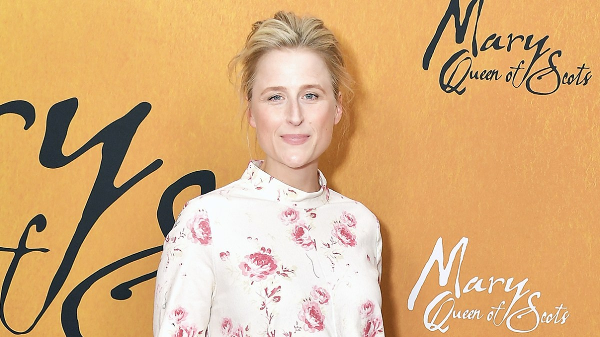 Meryl Streeps Daughter Mamie Gummer Pregnant With First Child