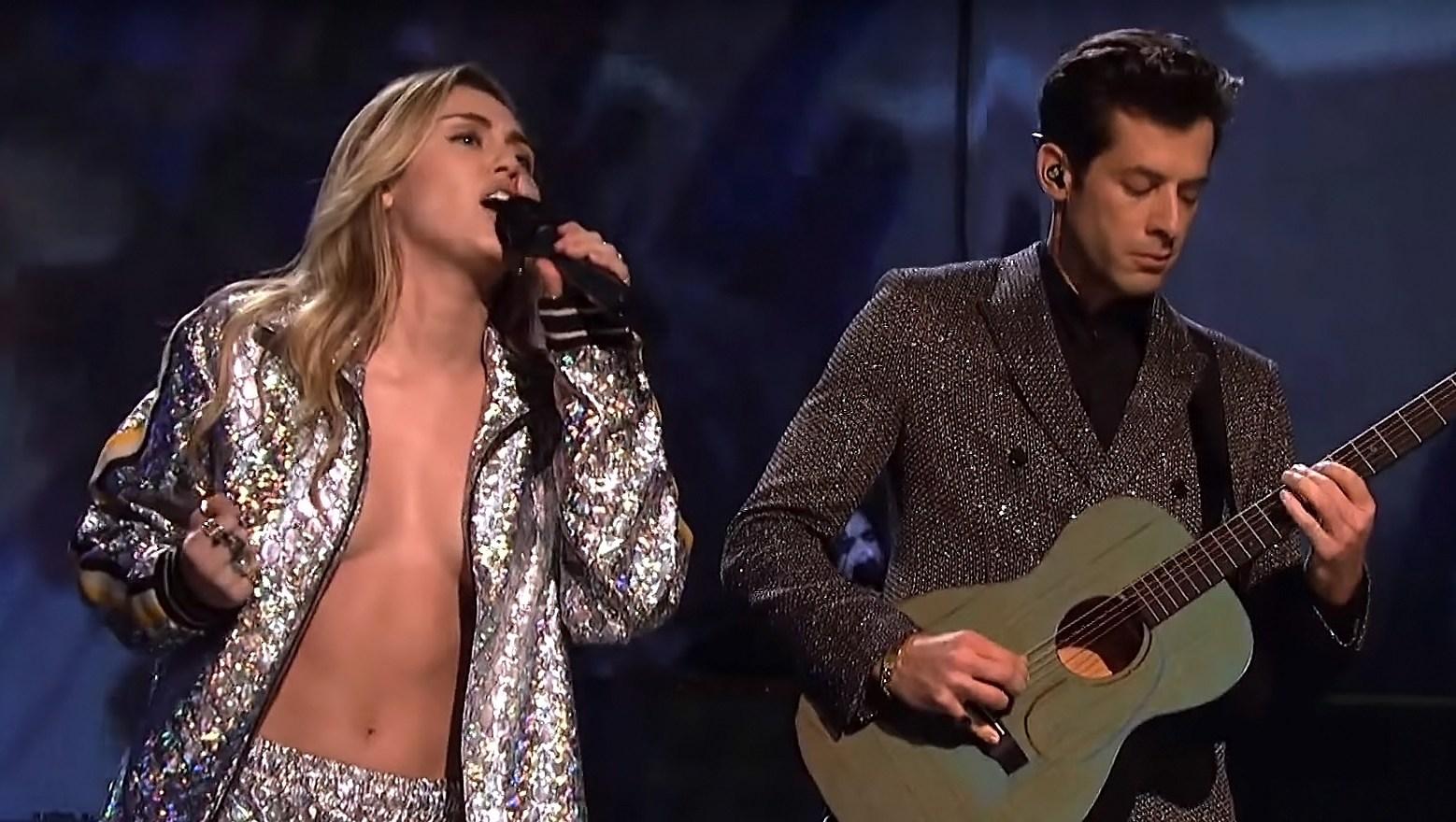 Miley Cyrus Sings Topless, Risks a Nip-Slip on SNL: Reactions